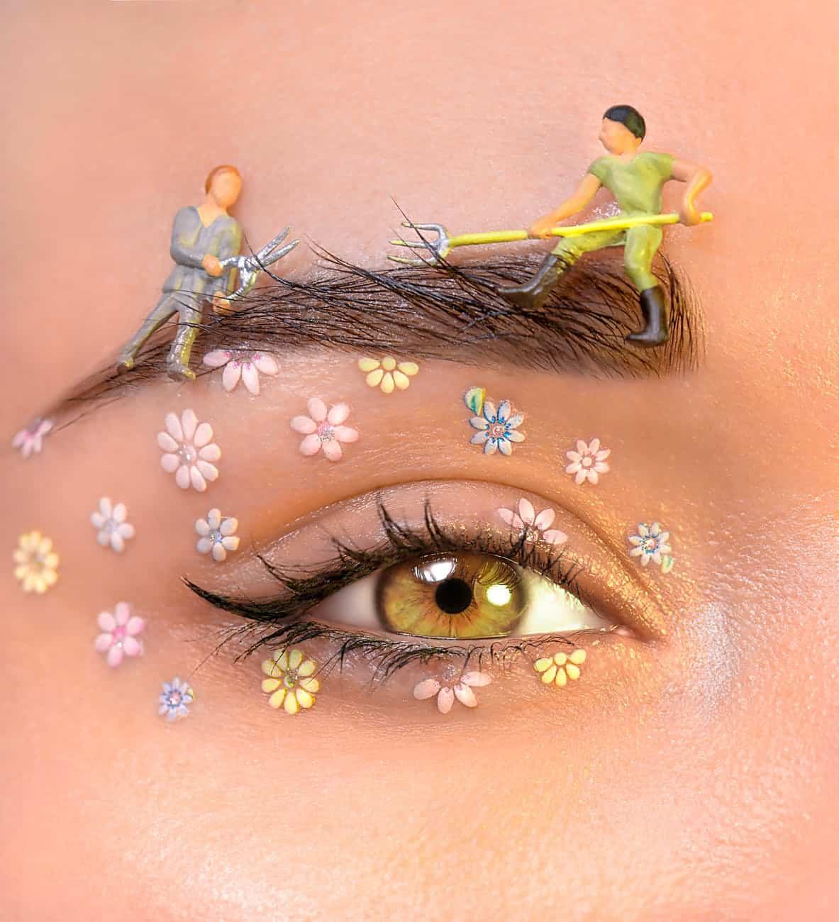artistic eye makeup