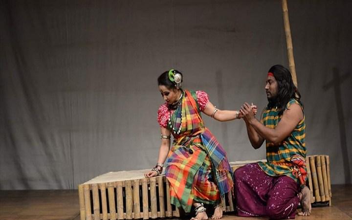 ত্রি-নয়নী নাট্যোত্সবে বেদের মেয়ে জোত্স্না