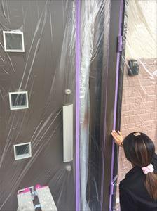 玄関ドア補修下地処理