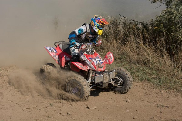 Angel Knox gained valuable points in her chase for the GNCC WXC championship with a big victory at the Car-Mate Mountain Ridge GNCC in Pennsylvania.