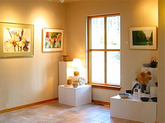 Facility---Art-Gallery---1--foyer_gallery_of_art