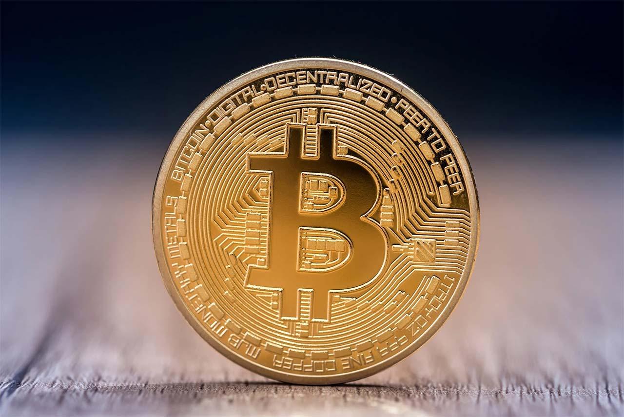 Bitcoin koukuttaa suomalaista miessijoittajaa