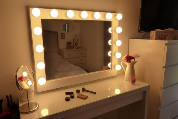 Chende White Hollywood Lighted Makeup Vanity Mirror