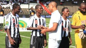 Football-Division I (RDC): Moïse Katumbi paie les frais de participation de 8 clubs insolvables