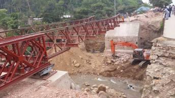 Kavimvira-RDC: Les travaux au pont kavimvira en photos ce Mardi 22 mars 2016.