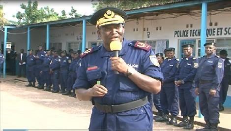 Bukavu-RDC: Kiongozi wa polisi generali Charles Bisengimana alikuja kufanyisha semina ya majifunzo ya askari polisi