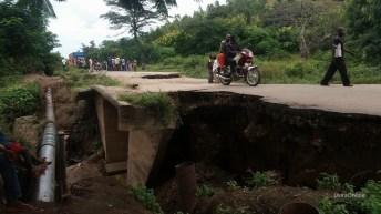 Kawizi-RDC: effondrement du pont, hatari sana