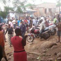 Kamanyola-RDC: Manifestation contre la mauvaise gestion de la douane.