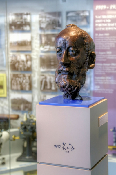 Statue of Carl Zeiss at the Optical Museum Jena in Germany.  (c) David Prutchi, Ph.D.