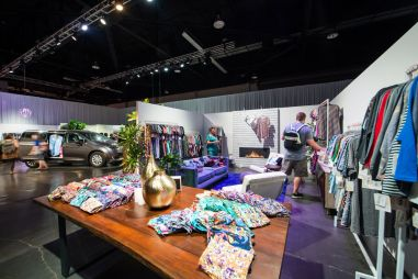 LuLaRoe Experiences - Photo courtesy of Jonathan Hickerson