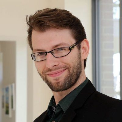 Dr Krzysztof Garstka
