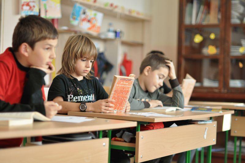 Как да направим децата достойни хора?