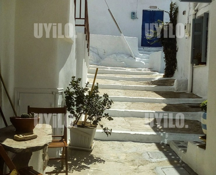 UYiLO - Milos Island Aegean Greece Cyclades Plaka Village Alleyways Neighborhood Traditional Houses