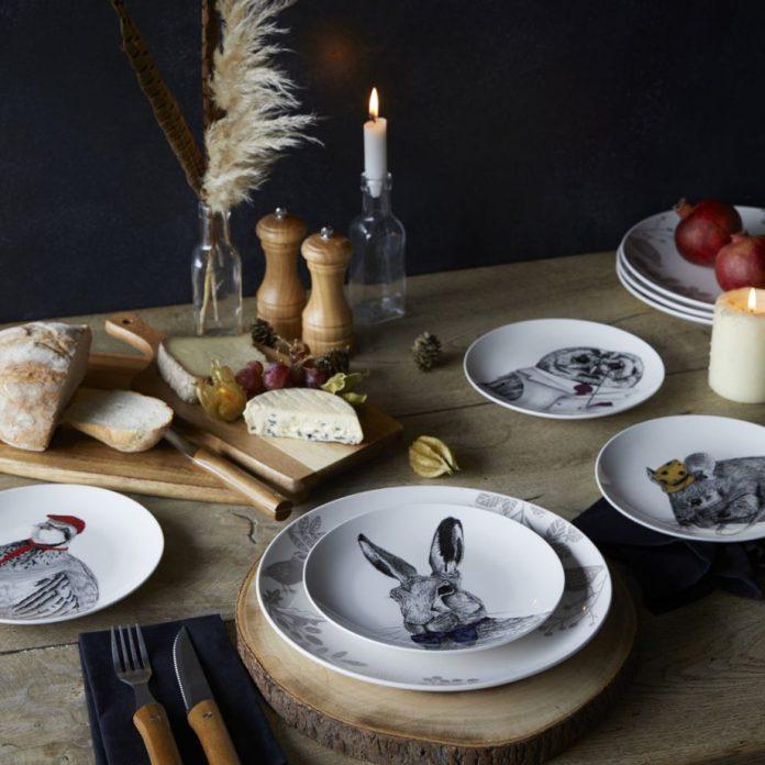 Посуда с изображением зайца