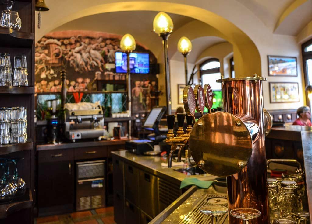 Пивные Праги. Пивоварня «U Tří růží»