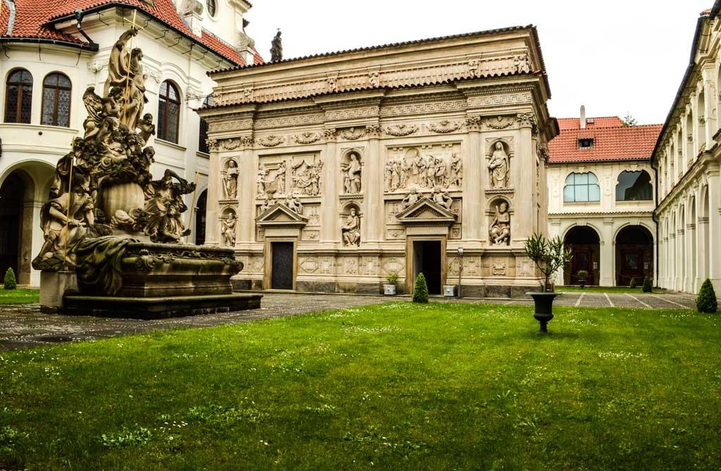 Лоретанский монастырь. Святая хижина
