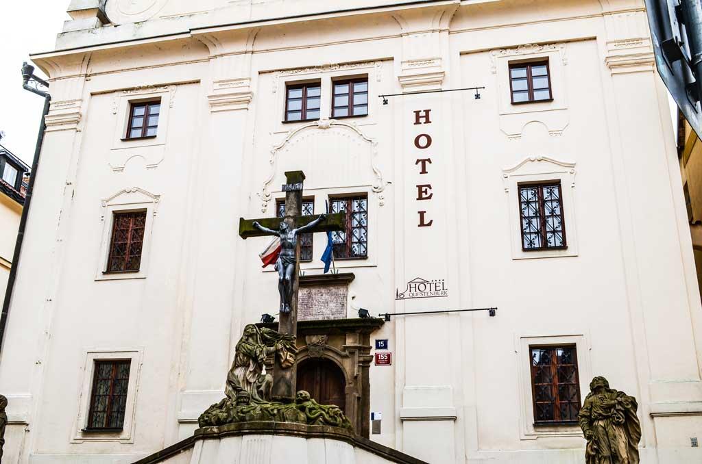 Прогулка по Праге самостоятельно. Градчаны. Отель «Questenberk»