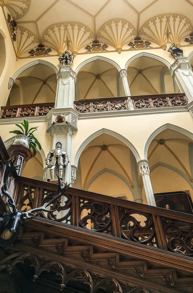 Замок Глубока. Парадная лестница замка