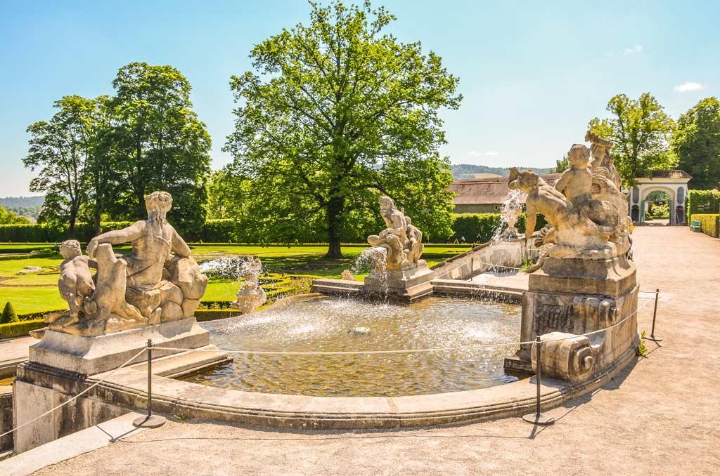 Замок Чески-Крумлов. Каскадный фонтан парка