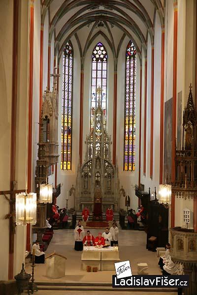 Внутреннее убранство собора Святого Духа в Градец-Кралове