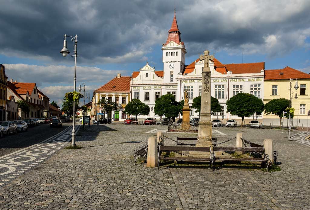Брандис-над-Лабем-Стара-Болеслав. Среднечешский край