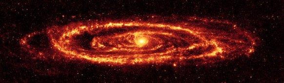 Andromeda Galaksisi'nin kızılötesi görünümü, Spitzer Uzay Teleskobu