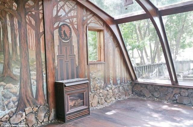 Долгих 35 лет эта женщина украшала свой дом. Взгляните, на этот фантастический результат!