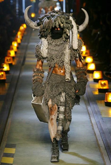 Беспощадные мужские наряды от дизайнеров с мировым именем