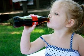 Можно ли давать Кока-колу детям? Неожиданный ответ доктора Комаровского!
