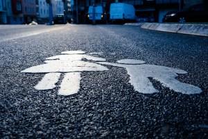 Прикольная история, как пешеход нарушителя дорожных правил проучил