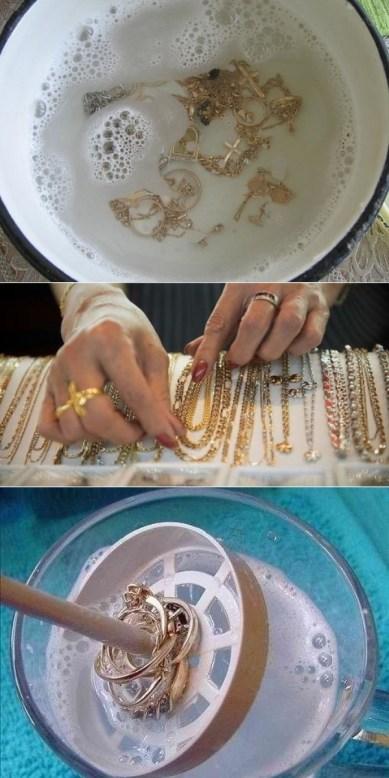 Как быстро очистить ювелирные изделия