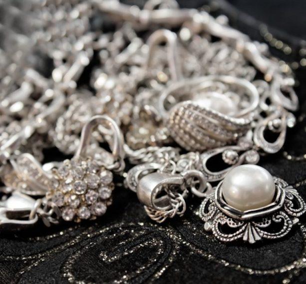 Влияние серебра на нашу судьбу: мнение Тамары Глобы