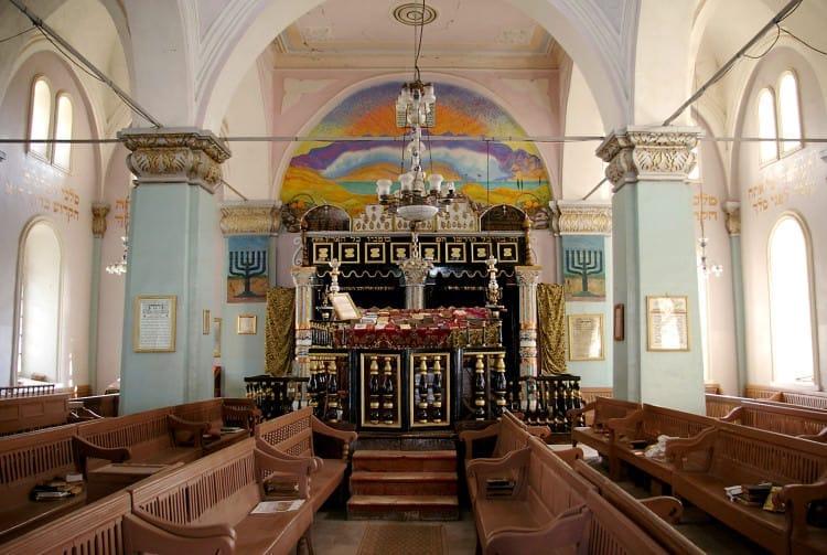 onskaya sinagoga vnutri e