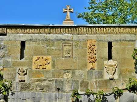 Monastyrskaya stena e