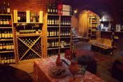 VINOGROUND - грузинские вина со всей страны в погребе исторического дома
