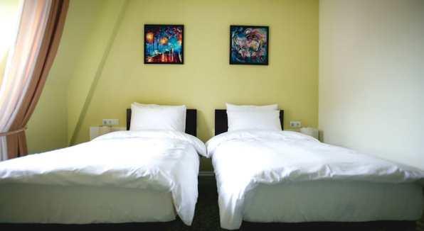 Отель Piazza Four Colours в Батуми