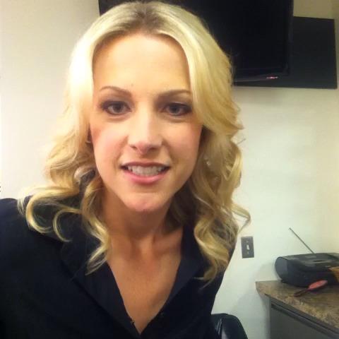 Watch Lindsay Czarniaks Vine My second Vine post