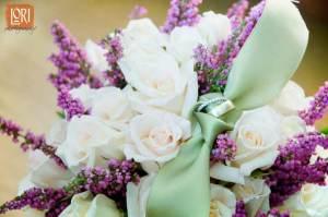 whiterosesandlavender