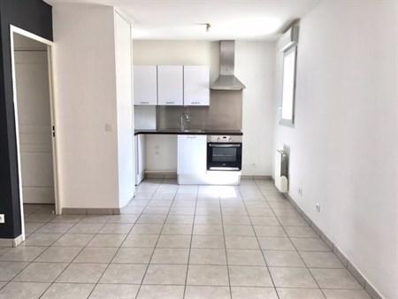 Location appartement 3 pices Lyon 8me  appartement F3T33 pices 5792m 846mois