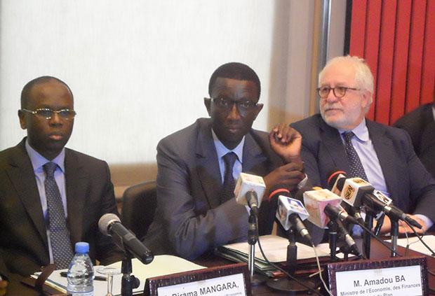 Amadou Bâ et Mario Pezzini de l'OCDE