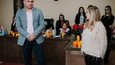 Photo of Opštinski odbor SNS Osečina je za decu sa invaliditetom sa teritorije opstine Osečina u saradnji sa Crvenim krstom Osečina donirao paketice