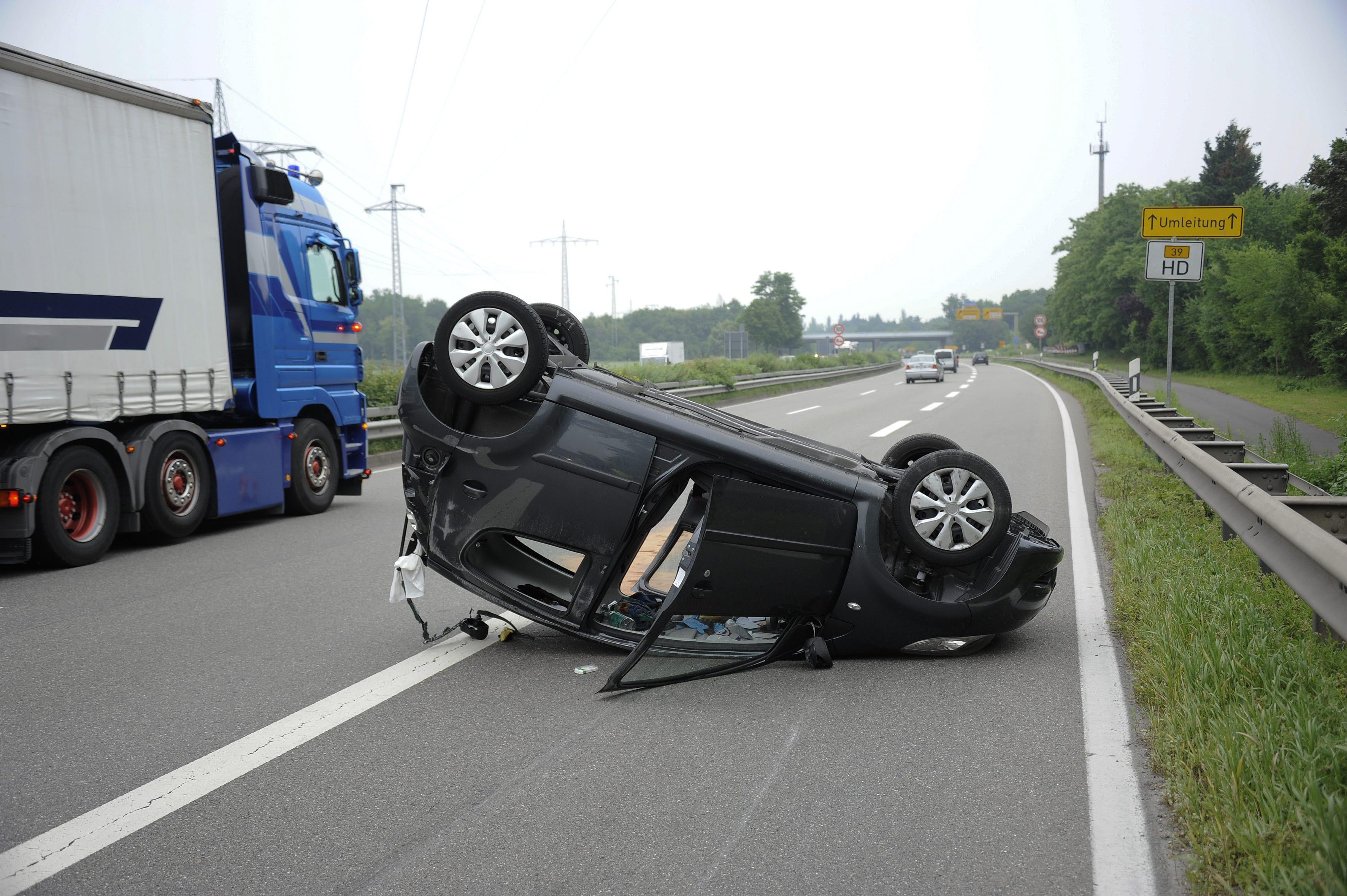 Cada día, accidentes de camiones afectan e incluso cobran las vidas de víctimas inocentes en las carreteras del sur de california. Abogado Accidentes de Camión en Falls Church   Â¡Consulta