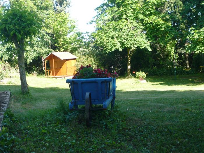 Location carcassonne vacances louez votre appartement for Entretien jardin carcassonne
