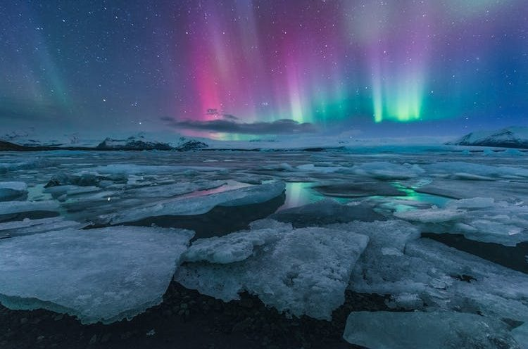 Vacaso Voyages - Joekulsarlon glacier - Northern lights