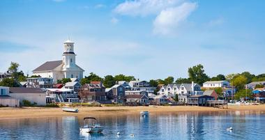 25 Best Romantic Places to Stay in Provincetown MA