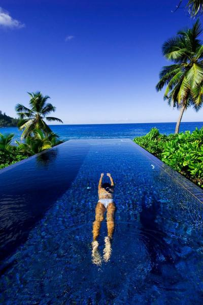 25 Most Unreal Resort Pools - Vacation Idea