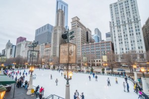 Christmas-Vacation-Ideas-For-Families-in-Chicago
