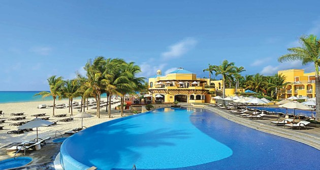 All-Inclusive-Resorts-In-Playa-Del-Carmen-Royal-Hideaway-Playacar