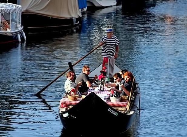 Coronado Island In San Diego California - Gondola Cruise