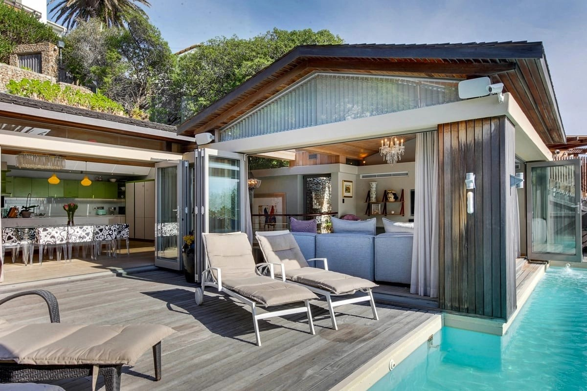 Bungalow-25-on-3rd-Beach-Clifton-20